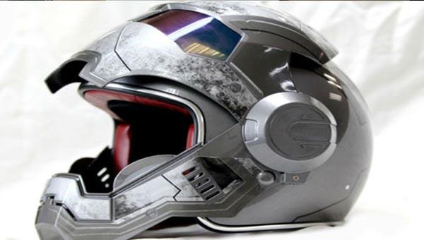 Мотошлем «Железный Человек»