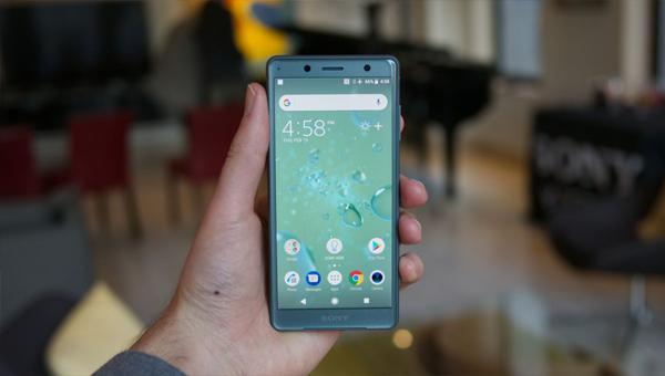 SONY XPERIA XZ2 игровой смартфон