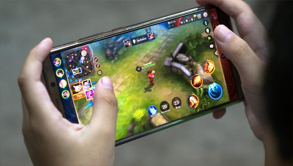 лучшие мобильные игры